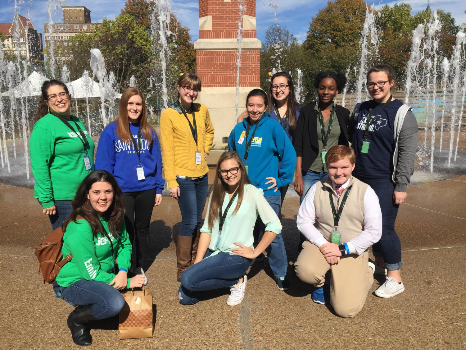 Members of the 2017-18 yearbook staff, as well as members of Intro to Journalism, pose at the JournalismSTL conference, held at St. Louis University.